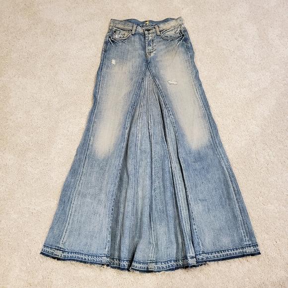 7 For All Mankind Dresses & Skirts - NWOT 7 For All Mankind Denim Skirt